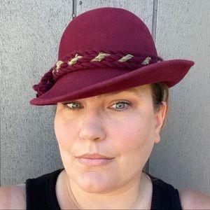 Vtg Ischler Hut Austrian burgundy red felted hat